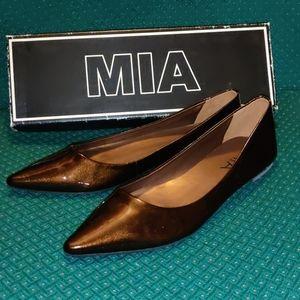 MIA Hepburn Bronze Pointy Toe Leather Flats 7.5